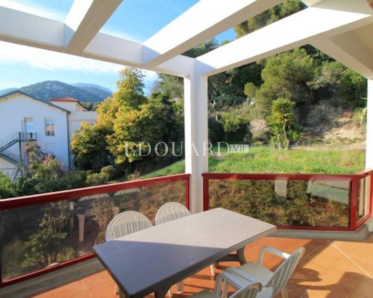 Case Mentone   Monolocale in ottime condizioni con spaziosa veranda…